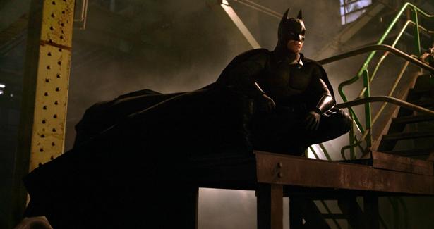 93212-batman-begins-christian-bale-batman-immagini-dal-film-3-episode39