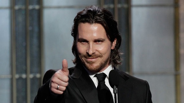 Christian Bale en conversaciones para ser Steve Jobs en la película