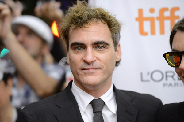 joaquin-phoenix-at-event-of-the-master-large-picture
